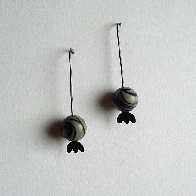 Oxidised Poppy Seed Head Threader Earrings with Spider Web Japser