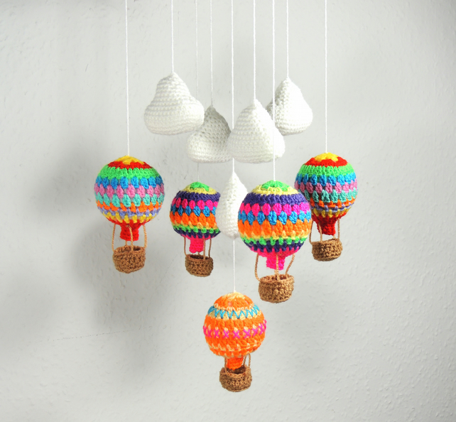 Baby Mobile Bright Hot Air Balloons