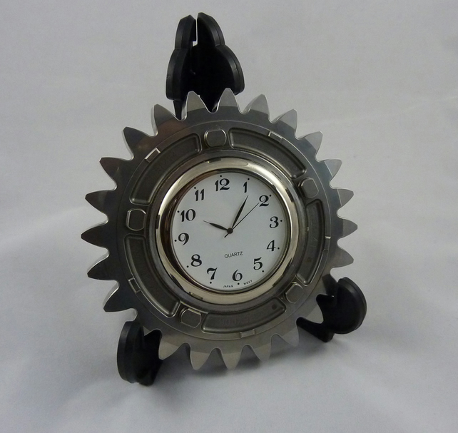 Cog shaped desk clock recycled from a Honda F1 car gear