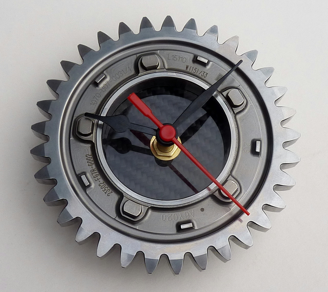Formula 1 wall clock made from a Honda F1 car gear & carbon fibre