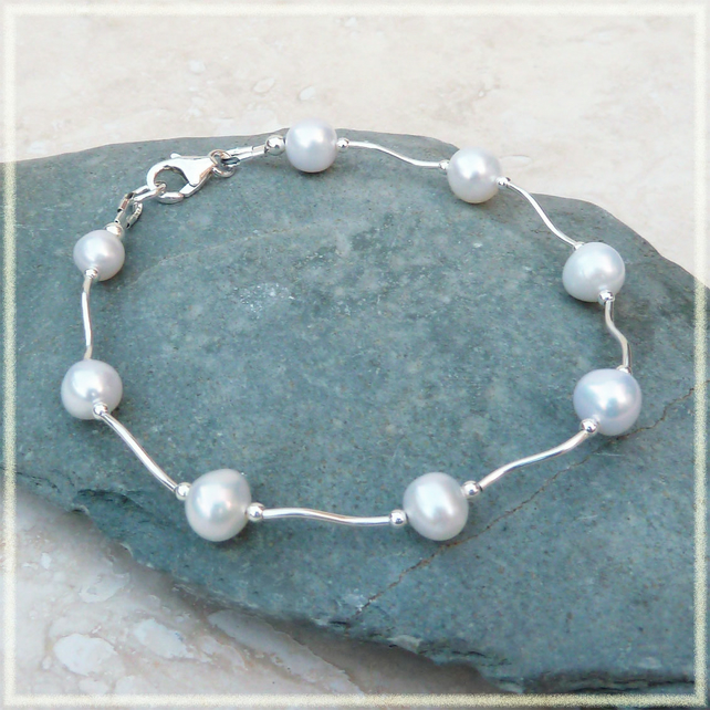White Freshwater Pearl and Sterling Silver Twist Bracelet - B0066