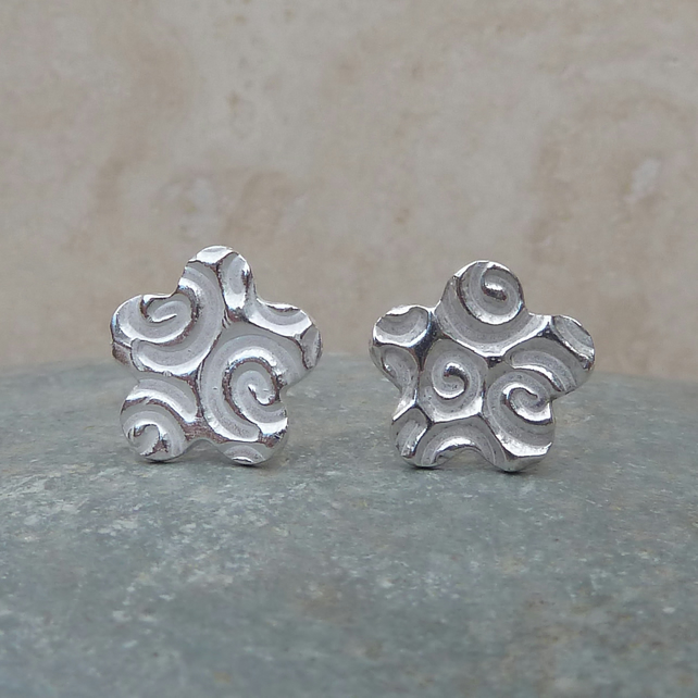 Sterling Silver Flower Stud Earrings - STUD015
