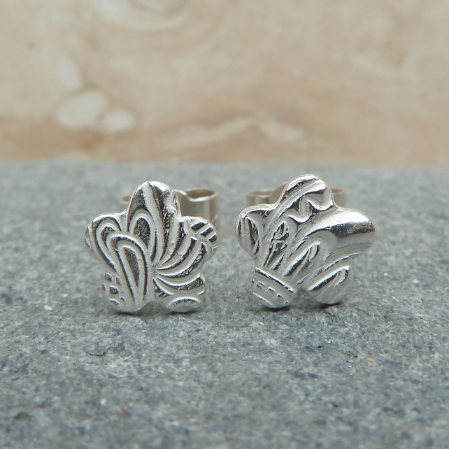Fine Silver Small Patterned Flower Stud Earrings - STUD046 - Sterling Silver