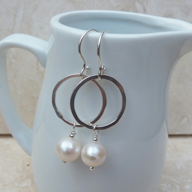 Freshwater Pearl and Sterling Silver Hoop Earrings - GEM019