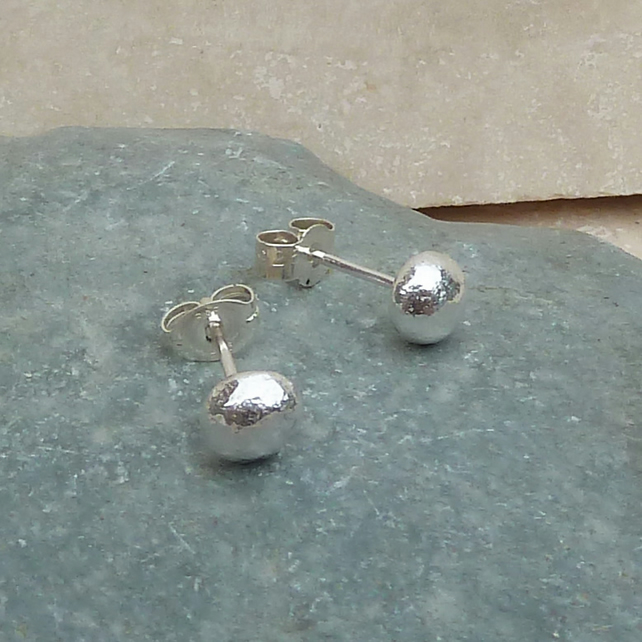 Sterling Silver Pebble Stud Earrings - STUD057