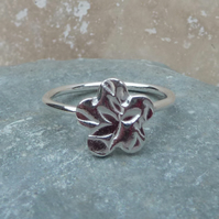 Sterling Silver Flower Charm Ring - UK Size O - RNG007