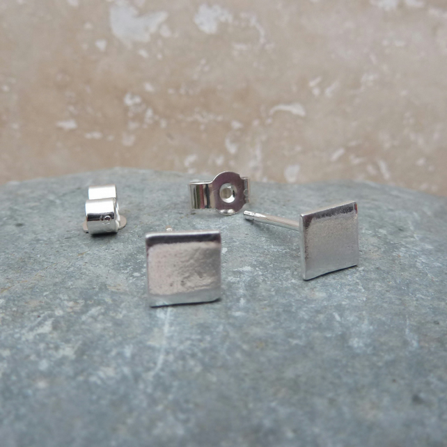 Fine Silver Small Polished Square Stud Earrings - STUD068 - Sterling Silver