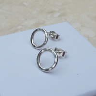 Sterling Silver 10mm Hammered Round Hoop Stud Earrings - STUD061