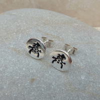 Fine Silver Hand Stamped Snowman Round Stud Earrings - STUD090