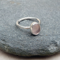 Sterling Silver Ring Band and Rose Quartz Oval Stone Ring - UK Size P - RNG036
