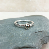 Sterling Silver and Grey Pyrite Rose Gemstone Ring - UK Size N - RNG041