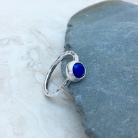 Silver and Blue Lapis Lazuli Rose Cut Gemstone Ring - UK Size P - RNG042