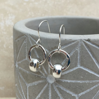 Sterling Silver Circle Earrings, Hammered Earrings, Ring Earrings - SILV076