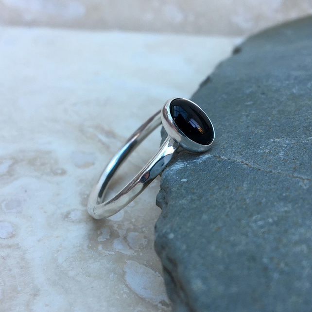 Black Onyx Ring, Silver Ring, Gemstone Ring, Hammered Silver Ring - RNG044