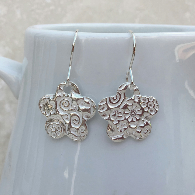 SALE - Silver Flower Earrings, Fine Silver Earrings, Silver Earrings - SILV063