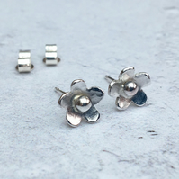 Silver Flower Studs, Sterling Silver Flower Studs, Small Studs - STUD098