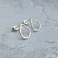 Sterling Silver Small Teardrop Stud Earrings - STUD059