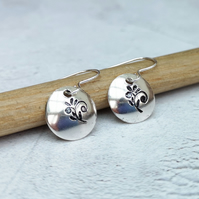 Silver Earrings, Disc Earrings, Round Earrings, Floral Earrings - SILV089
