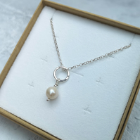 Pearl and Silver Necklace - White Pearl Necklace - Sterling Silver - NEK064