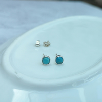 Small Sterling Silver and Turquoise Gemstone Stud Earrings - STUD109