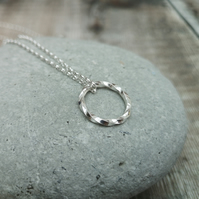 Sterling Silver Twisted Circle Necklace Pendant - NEK102