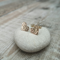 9ct Gold Hammered Heart Stud Earrings