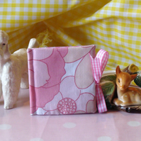 Needle Case - Pink Gingham & Retro Floral