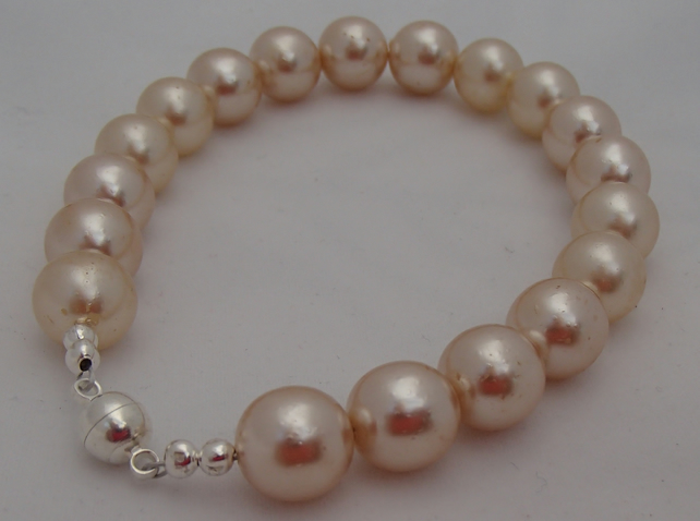 Faux Pearl Bracelet Upcycled with magnetic catch
