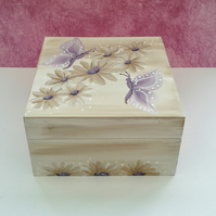 Butterfly trinket box, hand painted with daisies in beige