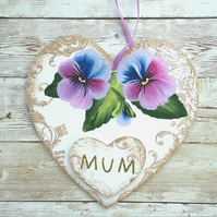 Hand painted heart shape Mum plaque - pansies