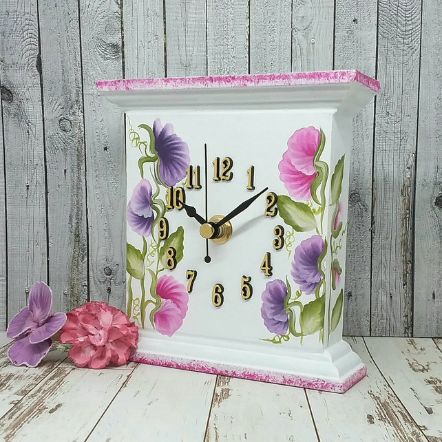 Clock -  Sweet pea clock