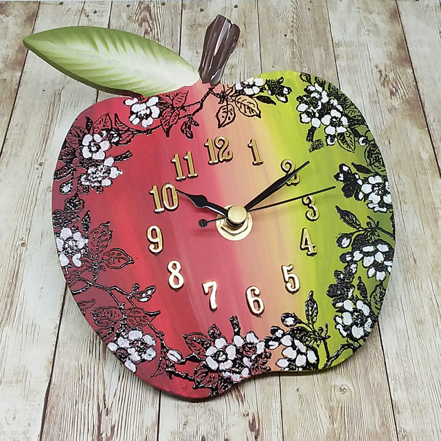 Clock - apple