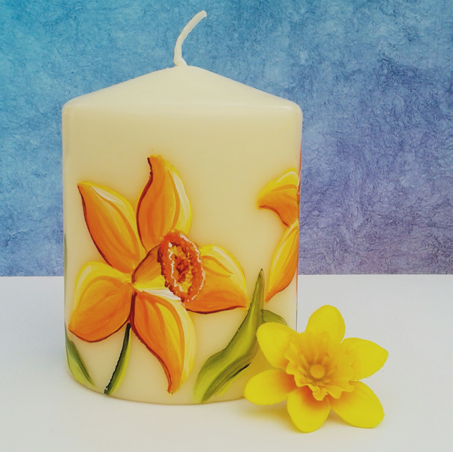 Hand painted daffodil small pillar candle