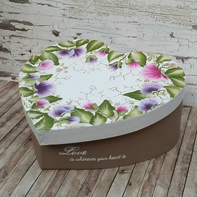 Large Heart Shaped Sweet Pea Keepsake box or gift box