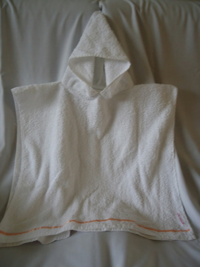 SALE   Poncho style hooded towel