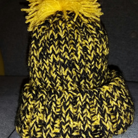 Child's Yellow and Black Bobble hat
