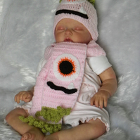 Sale! Hand crochet pink baby halloween monster hat and scarf