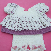 Baby angel top and shorts hand crochet in mauve and cream 0-3 months