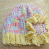 Baby beanie hat hand knitted yellow and pastels with flower 0-3 months