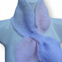 Hand knitted vintage retro style acsot keyhole bow-tie scarf scarflette