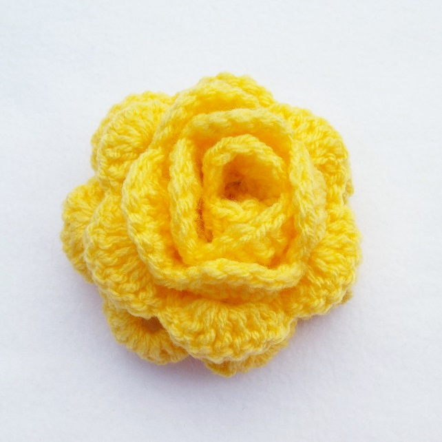 Hair pony tail band with large yellow crochet rose flower hair bobble hair tie
