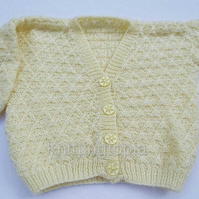 Hand knitted baby cardigan to fit 22 inch chest - lemon - V neck - knitted baby