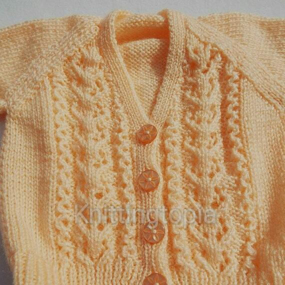 Baby cardigan hand knitted in peach yarn - 3 - 6 months - knitted baby clothes
