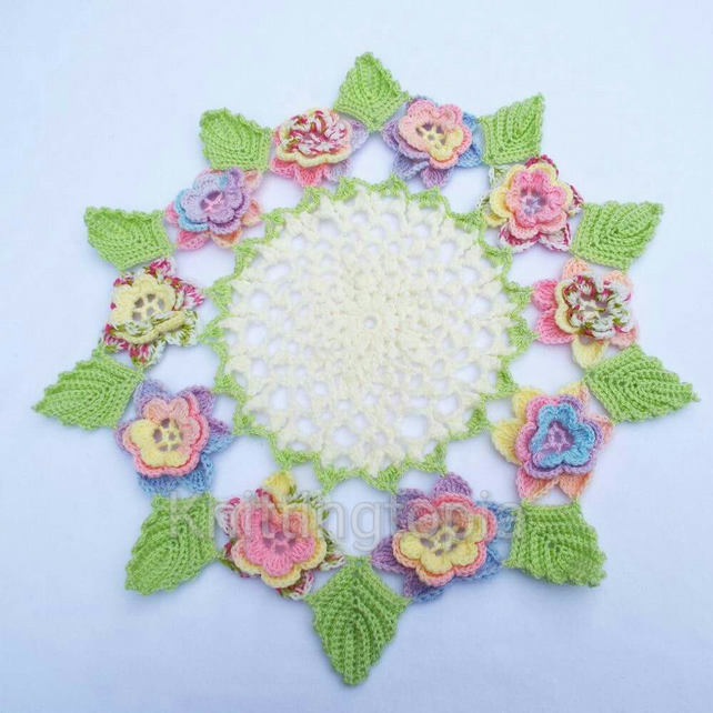 Hand crocheted vintage 1940's style doily - multi coloured roses  green leaves