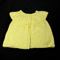 Girls sleeveless cardigan hand knitted in yellow - 4 - 5 years