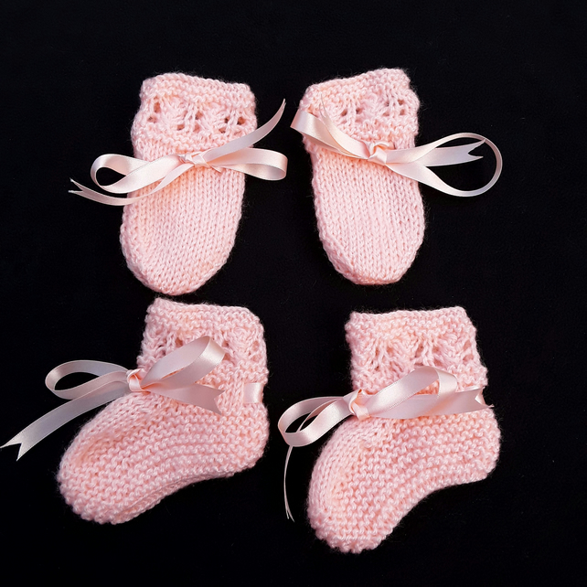 Hand knitted peach baby booties and mittens set 0 - 3 months