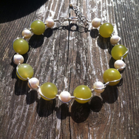 Jade Gemstone and FreshwaterPearl Bracelet