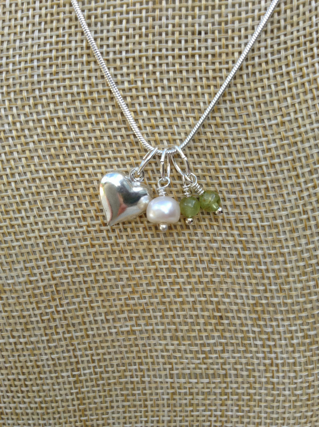 Birthstone Necklace, Peridot, Freshwater Pearl and Heart  August Birthstone