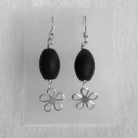 Black Agate and Daisy Earrings.   Gemstone Earrings