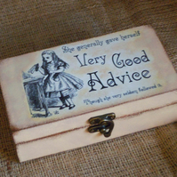 Alice In Wonderland Drink Me Good Advice Small Chest Box Wooden Unusual Vintage